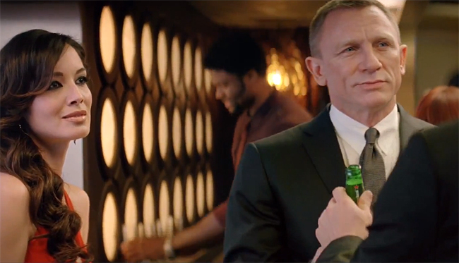 James-Bond-und-Heineken_Crack-the-Case_SKYFALL_2